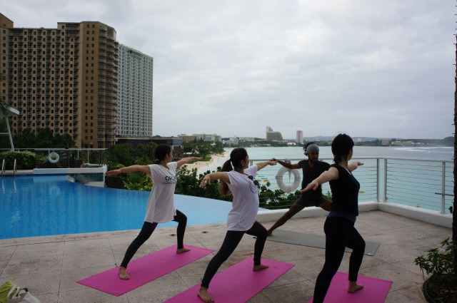 【Highly Recommended】Poolside Yoga Class