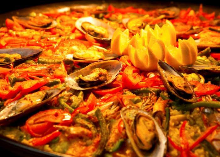 特大シーフードパエリア Seafood paella (Dinner Time)